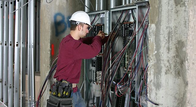 What Causes Your Circuit Breaker to Burst